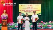 Trao giải cuộc thi ảnh, video clip 'Khoảnh khắc vàng' Báo Nghệ An