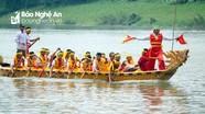 Sôi nổi hội đua thuyền mừng ngày lễ trên sông Lam