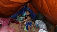 Cuộc sống tạm bợ của những người di cư vì lũ ở Nghệ An