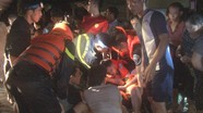 Cứu dân ngập lũ trong đêm, hai chiến sỹ công an ở Nghệ An bị thương