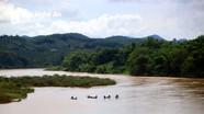 Phát hiện thi thể bé trai mất tích cạnh chiếc bè nhỏ trên Sông Lam