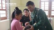 Gặp người thầy thuốc biên phòng trên bản Mông Phà Lõm