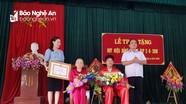Nghi Lộc, Nghĩa Đàn trao Huy hiệu Đảng cho các đảng viên