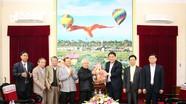 Ủy ban Đoàn kết công giáo thăm, chúc Tết Tỉnh ủy, UBND tỉnh