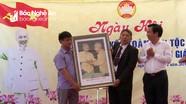Trưởng ban Nội chính Tỉnh ủy dự Ngày hội Đại đoàn kết với người dân Quỳnh Lưu