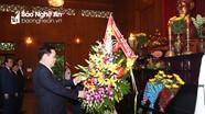 Phó Thủ tướng Vương Đình Huệ dâng hương tại Khu di tích Kim Liên ngày đầu năm mới