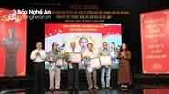 Nghệ An trao thưởng 42 tác phẩm xuất sắc về chủ đề học tập và làm theo Bác