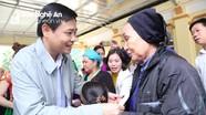 Trưởng Ban Nội chính Tỉnh ủy Hồ Lê Ngọc chung vui Ngày hội Đại đoàn kết với người dân Quỳ Hợp