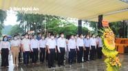 Ban Tổ chức Tỉnh ủy dâng hương tại Nghĩa trang liệt sĩ quốc tế Việt - Lào