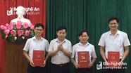 Ban Tổ chức Tỉnh ủy Nghệ An công bố sáp nhập phòng và bổ nhiệm cán bộ