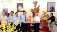 Đoàn đại biểu Ủy ban Trung ương MTTQ chúc mừng Tòa Giám mục Vinh nhân Lễ Phục Sinh