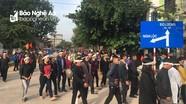 Sáng nay 24/10, hàng nghìn người đưa tiễn liệt sỹ Nguyễn Cảnh Trung hy sinh trong quá trình giúp dân