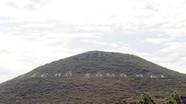 Tôn tạo dòng chữ 'Bác Hồ sống mãi' trên sườn núi Nhón