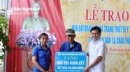 Bệnh viện Hữu nghị Đa khoa Nghệ An trao nhà đại đoàn kết, trang thiết bị y tế tại Quỳ Hợp