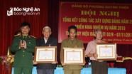 Các địa phương tổ chức trao Huy hiệu Đảng cho các đảng viên