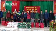 Ủy ban Kiểm tra Tỉnh ủy tặng quà Tết cho các hộ nghèo ở Con Cuông, Quỳnh Lưu