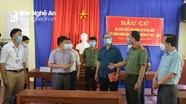 Giám đốc Công an tỉnh kiểm tra công tác bầu cử sớm tại Kỳ Sơn