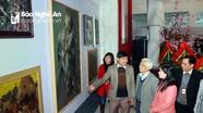 """3 họa sĩ trẻ tổ chức triển lãm """"Về miền xứ Nghệ"""""""