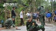 Bộ đội biên phòng giúp dân làm đường, di chuyển nhà trước nguy cơ sạt lở