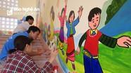 Nghệ An: Giáo viên miền núi tự vẽ tranh trang trí trường học