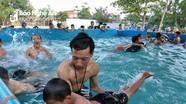 Ngôi trường miền núi mở lớp dạy bơi cho gần 100 học sinh