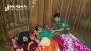 Bộ đội biên phòng cấp cứu kịp thời 2 phụ nữ bị lũ cuốn trôi