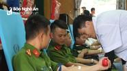 700 người tham gia ngày hội hiến máu ở Quỳ Châu