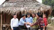 Công ty Thủy điện Bản Vẽ trao 200 triệu đồng quà Tết cho hộ nghèo ở Thanh Chương và Tương Dương