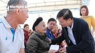 Phó Chủ tịch Thường trực UBND tỉnh Lê Hồng Vinh dự Ngày hội Đại đoàn kết tại huyện Anh Sơn