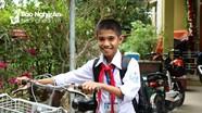 'Cậu bé dân ca' ở Làng Sen