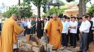 Đúc quả chuông nặng 720 kg tại Nghĩa trang liệt sĩ huyện Nam Đàn