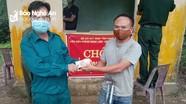Người dân Nghệ An góp thực phẩm ủng hộ khu cách ly và chốt kiểm dịch biên giới