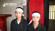 Hoàn cảnh đáng thương của chị em mồ côi học giỏi ở Nghệ An