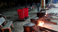 Các chùa, giáo xứ trong tỉnh tổ chức gói bánh chưng trao tặng người dân vùng lũ