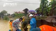 Nhiều đoàn thiện nguyện về với tâm lũ ở Nghệ An