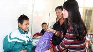 Siêu thị Mum's Shop Nghệ An  trao quà cho bệnh nhi nghèo