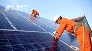 Nhiều gia đình ở Nghệ An được thanh toán tiền triệu mỗi tháng từ bán điện mặt trời