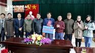 Ban Dân vận Tỉnh ủy tặng quà Trung tâm Bảo trợ xã hội Nghệ An