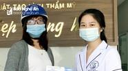 Bệnh viện Chấn thương chỉnh hình Nghệ An tặng 5.000 mũ bảo hiểm, khẩu trang miễn phí