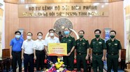 Báo Nghệ An tặng tủ đông cho các chốt biên phòng chống dịch Covid-19