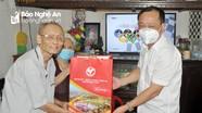 Lãnh đạo thành phố Vinh thăm và tặng quà các thương binh, gia đình chính sách tiêu biểu