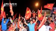 Cổ động viên mừng chiến thắng của đội tuyển U23 Việt Nam