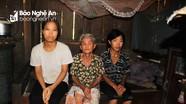 Xót xa hoàn cảnh mẹ 92 tuổi nuôi 2 con tâm thần