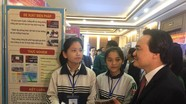 Hai nữ sinh xứ Nghệ đam mê khoa học được đặc cách vào ĐH Kinh tế Quốc dân