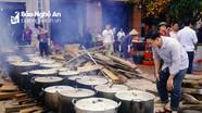 Nét đẹp văn hóa gói bánh chưng tập thể ở Vinh