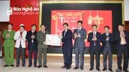 Bí thư Tỉnh ủy Nguyễn Đắc Vinh chúc tết một số cơ quan, đơn vị đêm Giao thừa