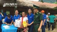 Hơn 1.000 người dân xã biên giới được chăm sóc y tế