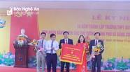 Trường THPT Quỳ Hợp đón Bằng công nhận trường chuẩn Quốc gia
