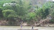 Thương tâm 2 học sinh tiểu học ở Nghệ An đuối nước khi câu cá trên sông