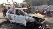 Xe ô tô cháy rụi trên đường làng ở Nghệ An